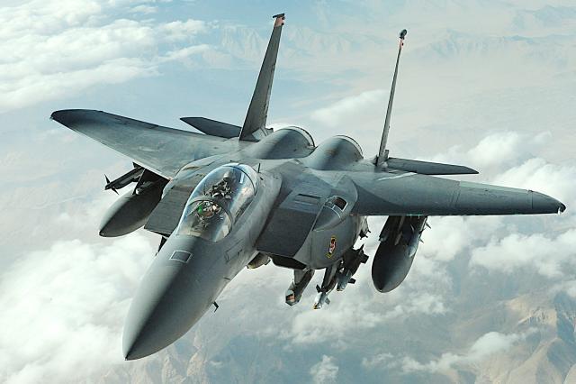 美军F-15战机系统被轻易入侵 可能关闭飞机信息下载站
