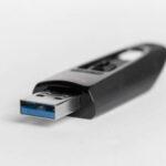【安全帮】研究员从主流操作系统上发现26个USB驱动漏洞